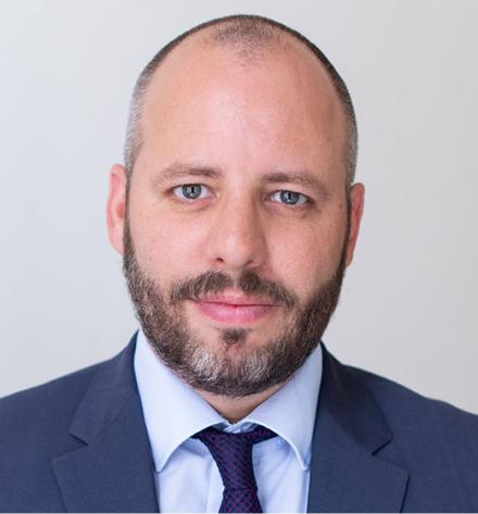 Mag. Florian Knotek, LLM.